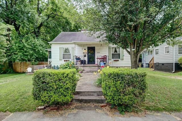 1110 Melbourne Avenue, Knoxville, TN 37917 (#244063) :: The Terrell-Drager Team