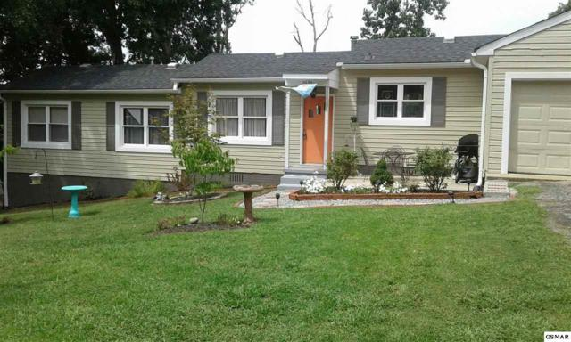 2635 Magill Ave, Maryville, TN 37804 (#211002) :: Colonial Real Estate