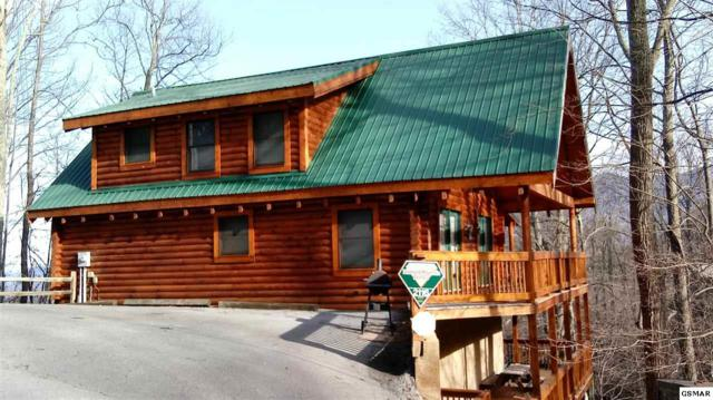 2116 Tamins Ct N, Gatlinburg, TN 37738 (#214301) :: Four Seasons Realty, Inc
