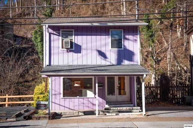 411 Parkway, Gatlinburg, TN 37738 (#225974) :: Four Seasons Realty, Inc