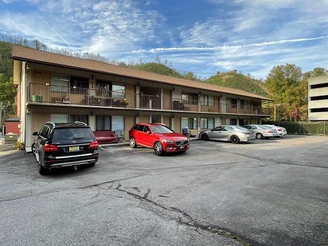 621 Oak Street, Gatlinburg, TN 37738 (#245138) :: Colonial Real Estate