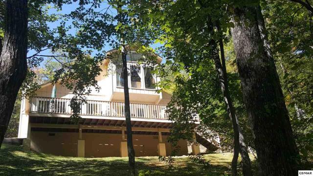 1926 St Moritz Dr, Gatlinburg, TN 37738 (#207537) :: Colonial Real Estate