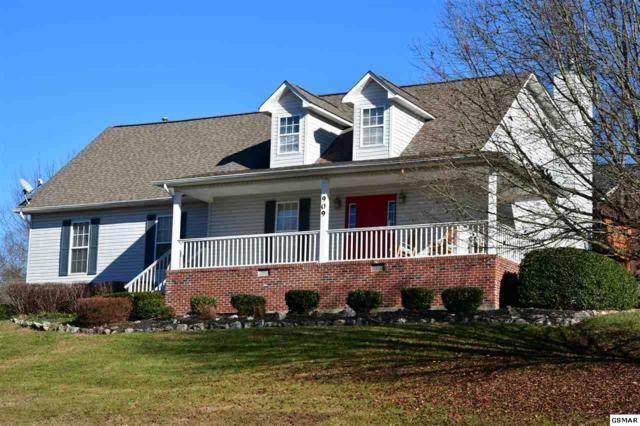 909 Glenda Ln, Sevierville, TN 37862 (#210297) :: Colonial Real Estate