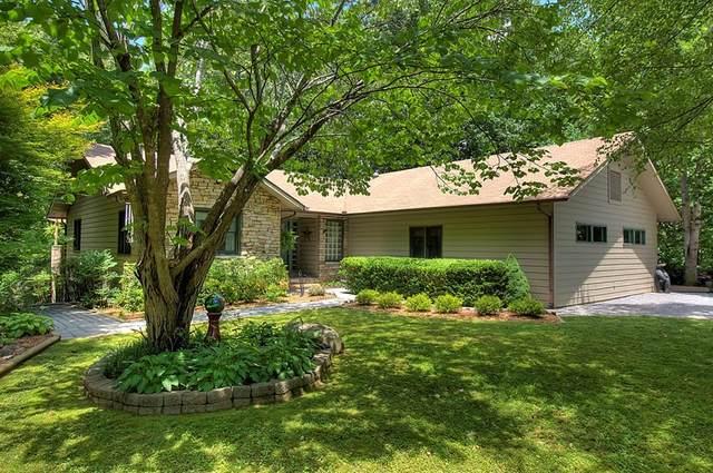 2373 Backwoods Way, Gatlinburg, TN 37738 (#244302) :: JET Real Estate