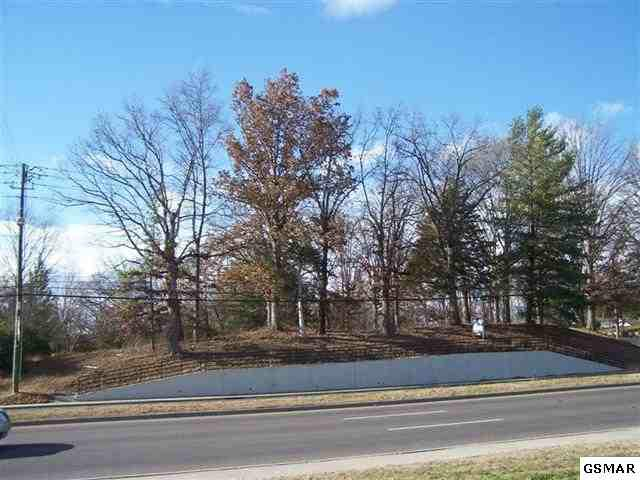 Parkway Lot 52 And P/O , Sevierville, TN 37862 (#177966) :: Colonial Real Estate