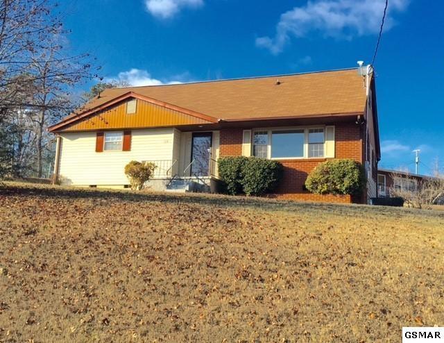 104 Henley Road, Oak Ridge, TN 37830 (#207171) :: Colonial Real Estate