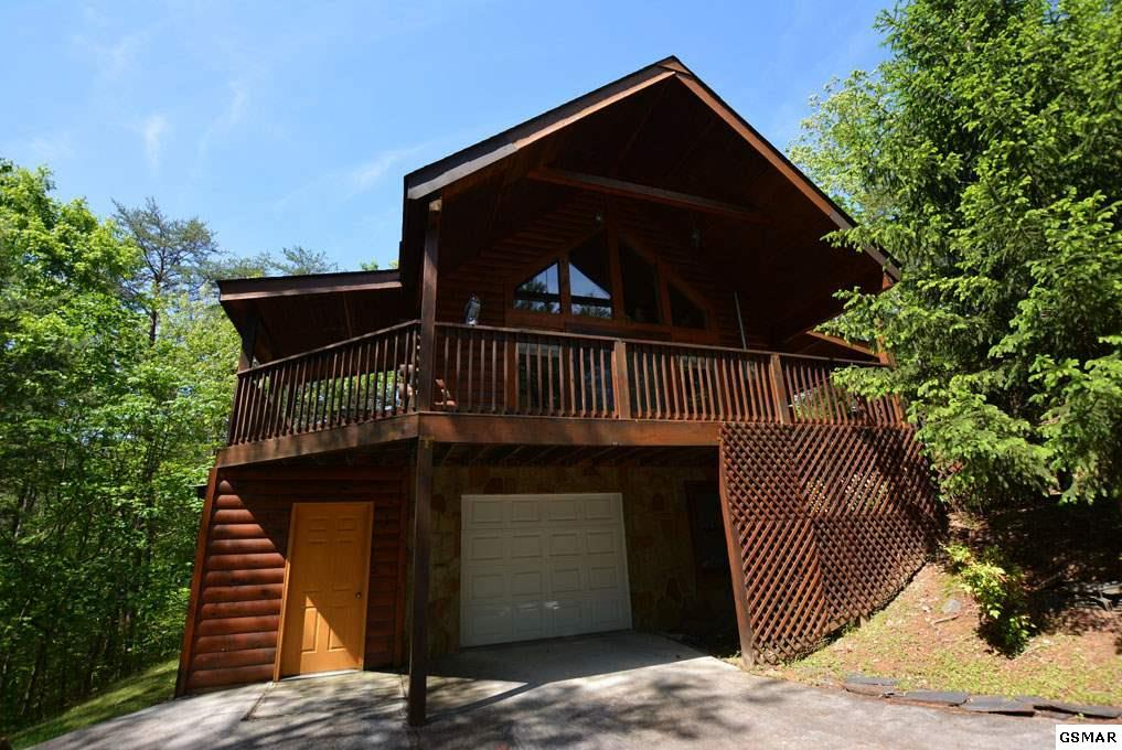 Colonial Real Estate : Dogwood cir pigeon forge tn