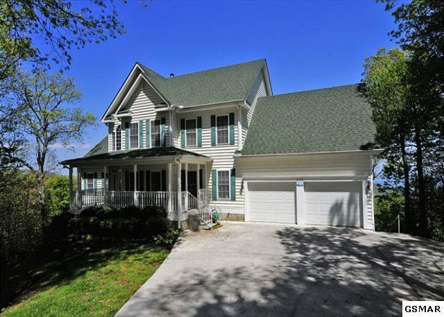 "2429 Park Line Drive ""2429 Cardinal , Gatlinburg, TN 37738 (#210865) :: Colonial Real Estate"