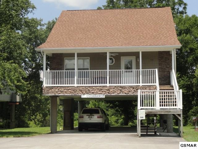 756 Plantation Dr Mountain River, Pigeon Forge, TN 37863 (#211306) :: The Terrell Team