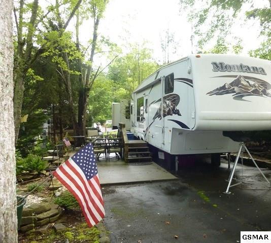 4223 E Parkway Lot #102, Gatlinburg, TN 37738 (#211665) :: SMOKY's Real Estate LLC