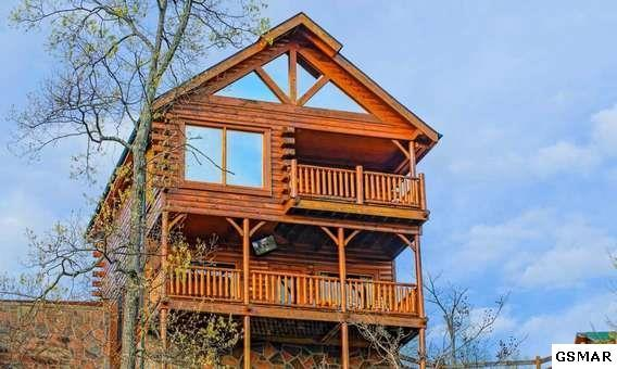 """2310 Top Of The World Drive """"Awesome Views , Sevierville, TN 37876 (#211757) :: Colonial Real Estate"""