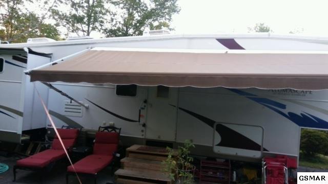 Lot#82  4223 E Parkway, Gatlinburg, TN 37738 (#212313) :: Billy Houston Group