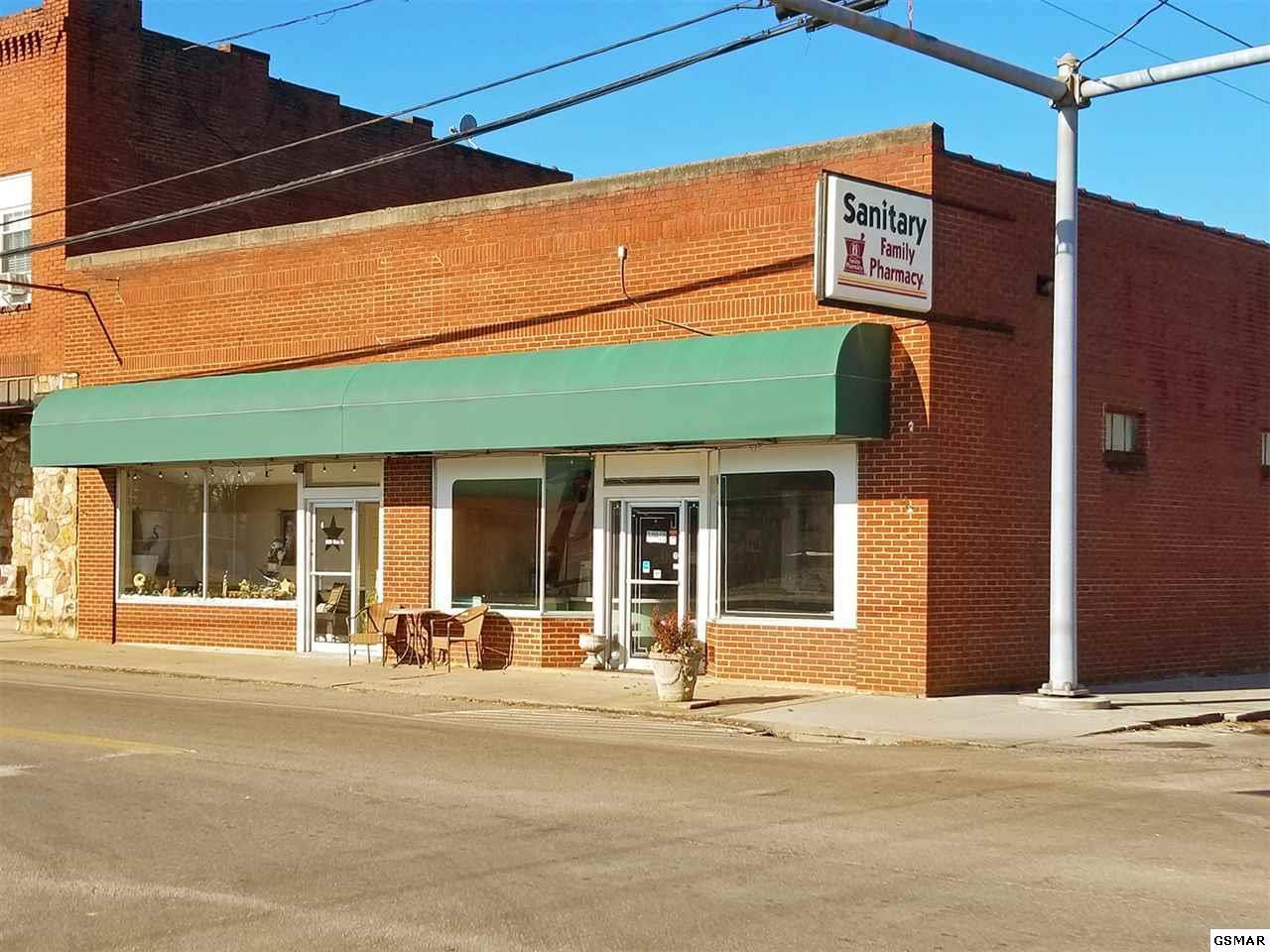 1627 Main Street - Photo 1