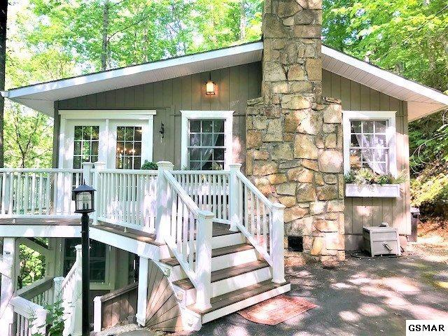 2678 Black Walnut Flats Road, Sevierville, TN 37862 (#216185) :: Colonial Real Estate
