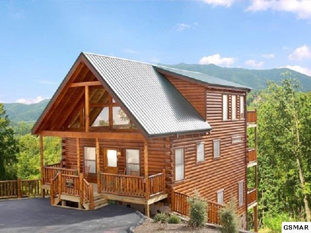 2009 Settlers Ridge Way, Gatlinburg, TN 37738 (#217322) :: Colonial Real Estate