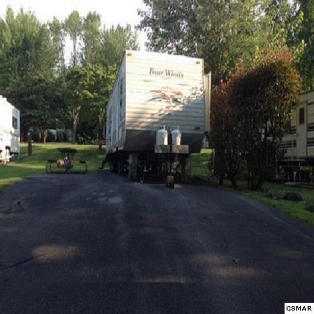 Lot#128  4229 E Parkway Vacant Lot, Gatlinburg, TN 37738 (#220986) :: The Terrell Team