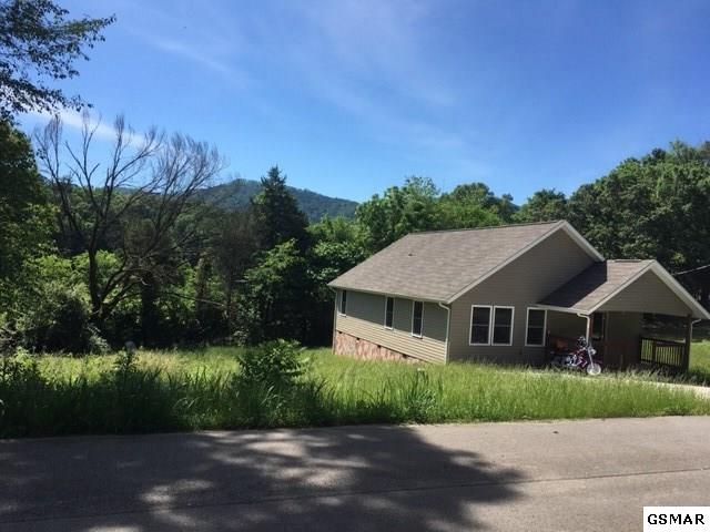 2246 Green Acres, Sevierville, TN 37862 (#222589) :: Prime Mountain Properties