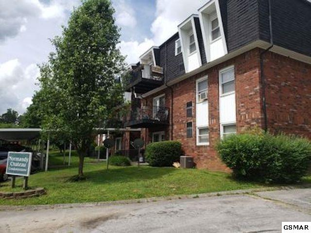1625 Woodrow Unit 407, Knoxville, TN 37918 (#222881) :: Colonial Real Estate