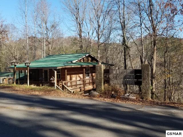 3753 Pittman Center Rd, Sevierville, TN 37876 (#222893) :: Four Seasons Realty, Inc