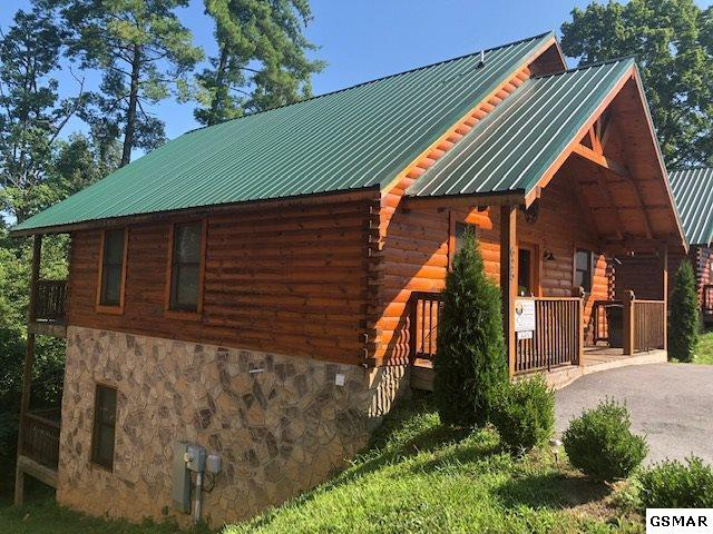 625 Cherry Blossom Way Mountain Movie , Pigeon Forge, TN 37863 (#223406) :: Prime Mountain Properties