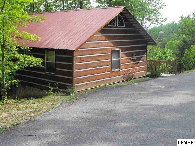 1438 A.M King Way Cabins 1, 2, & , Sevierville, TN 37862 (#226625) :: The Terrell Team