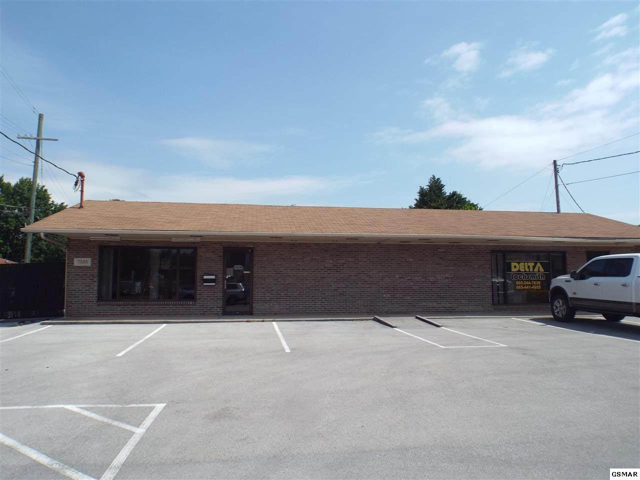 7333 Middlebrook Pike - Photo 1
