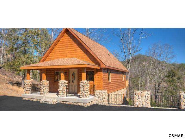 1736 Angela Starr Dr. The Grotto, Sevierville, TN 37876 (#229585) :: Four Seasons Realty, Inc