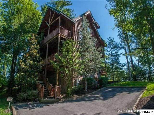 1661 Mountain Lodge Way, Sevierville, TN  (#229965) :: Four Seasons Realty, Inc