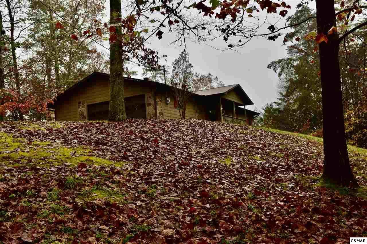 3317 Tanglewood Dr - Photo 1