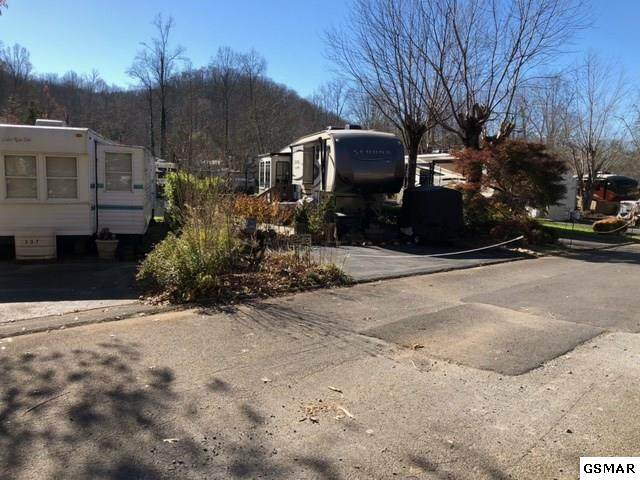 4229 E Parkway Lot #336  W/Uni, Gatlinburg, TN 37738 (#231232) :: Billy Houston Group