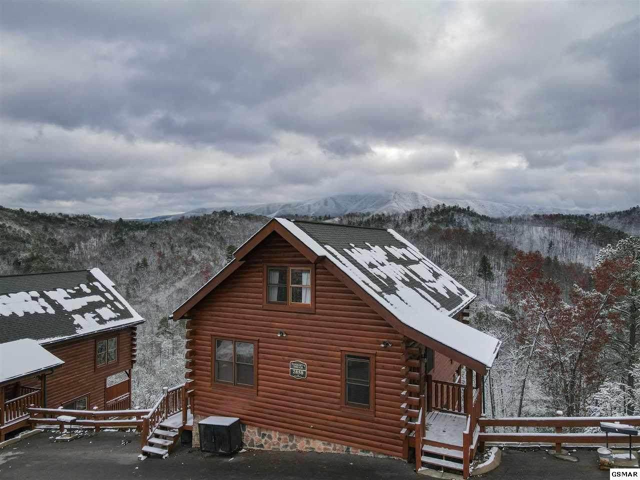 2858 White Oak Ridge Ln - Photo 1