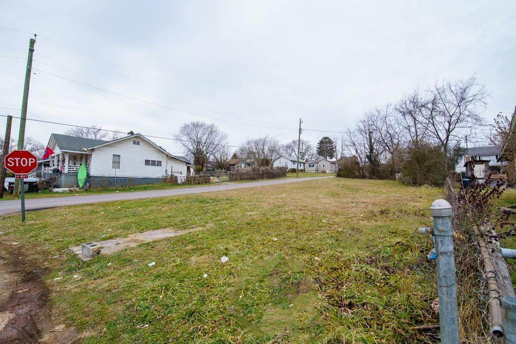837 Belleaire Ave - Photo 1