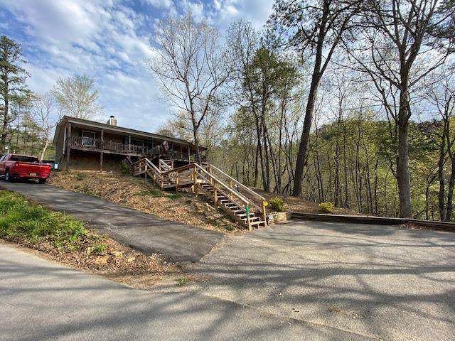 1746 Walker Trl, Pigeon Forge, TN 37876 (#241818) :: Billy Houston Group