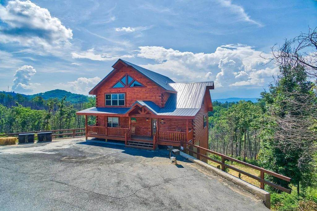 1547 Majestic Mountain Drive - Photo 1