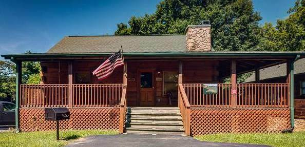 2672 Valley Heights Valley Hi, Pigeon Forge, TN 37863 (#242006) :: Tennessee Elite Realty
