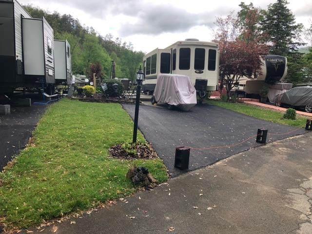 4229 E Parkway Lot #348 Lot And Camper, Gatlinburg, TN 37738 (#242289) :: Century 21 Legacy