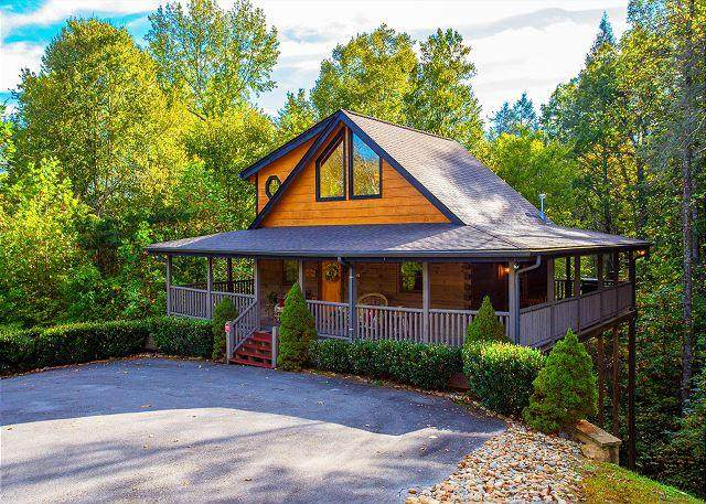 2705 Owls Cove Way, Sevierville, TN 37862 (#242368) :: Prime Mountain Properties