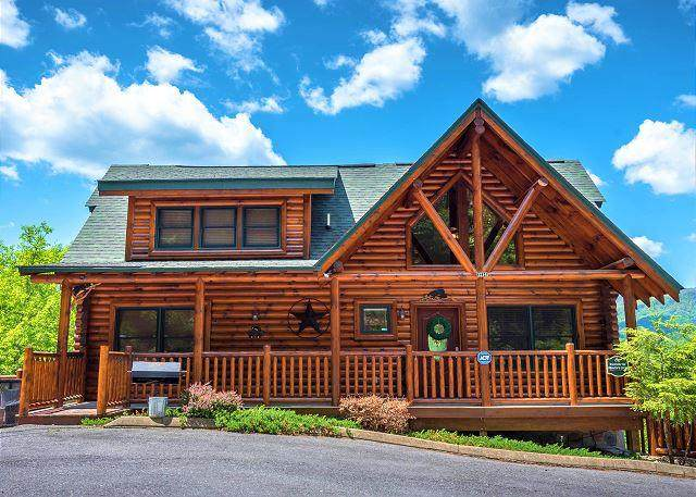 2214 Quiet View Way, Sevierville, TN 37862 (#242371) :: Prime Mountain Properties