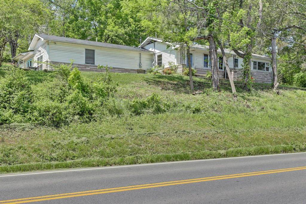1011 Old Knoxville Hwy - Photo 1