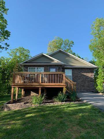 369 Red Bud Ln, Sevierville, TN 37876 (#242683) :: Century 21 Legacy