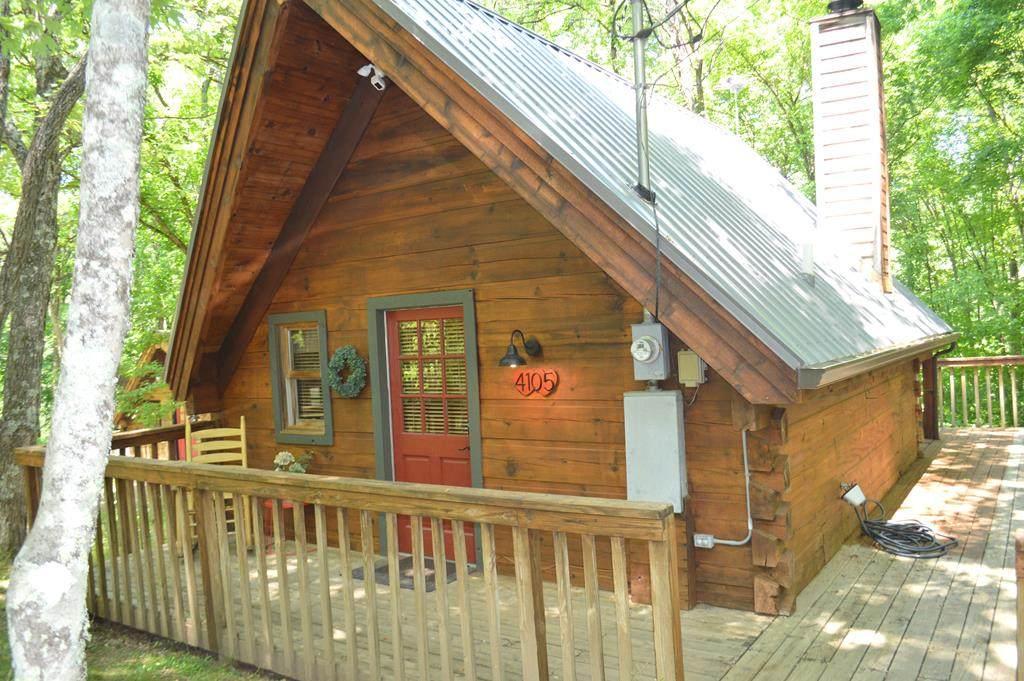 4105 Honeysuckle Ridge Way - Photo 1