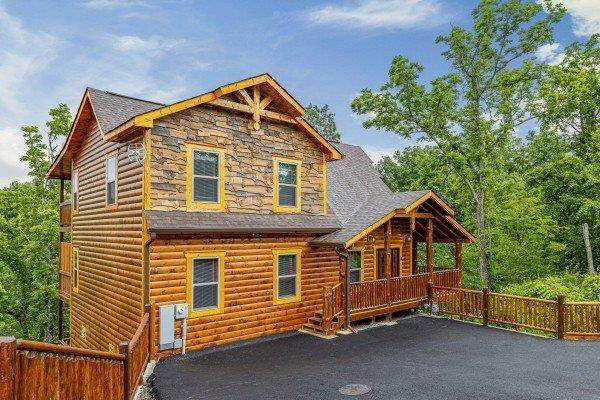 452 Alpine Mountain Way, Pigeon Forge, TN 37863 (#243612) :: The Terrell-Drager Team