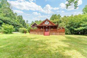 2740 Waldens Creek Road, Sevierville, TN 37862 (#244294) :: The Terrell-Drager Team