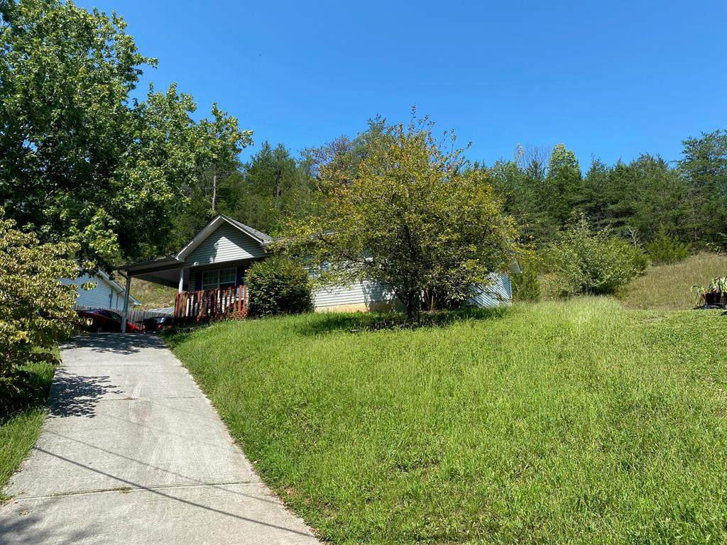 914 Hill Hollow Drive - Photo 1