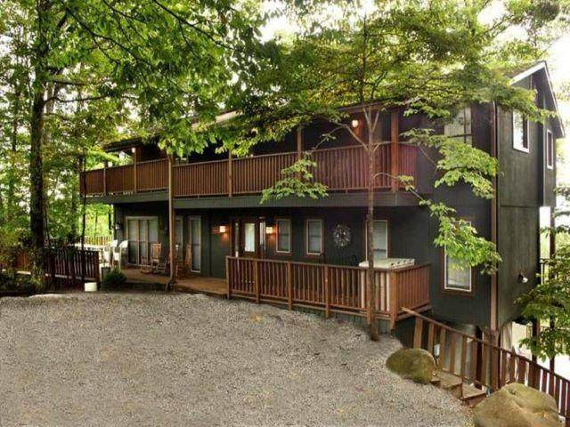 1120 Tanrac Trl, Gatlinburg, TN 37738 (#245070) :: Prime Mountain Properties
