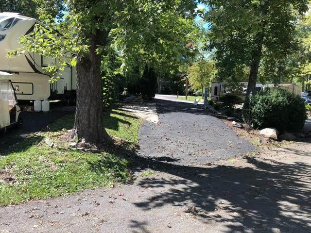4229 E Parkway Lot #149 Vacant Lot, Gatlinburg, TN 37738 (#245170) :: Billy Houston Group