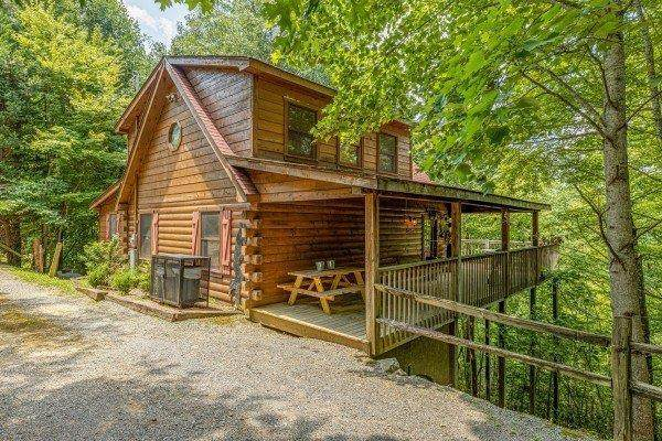 4370 Carolina Cove Way, Sevierville, TN 37863 (#245715) :: Colonial Real Estate