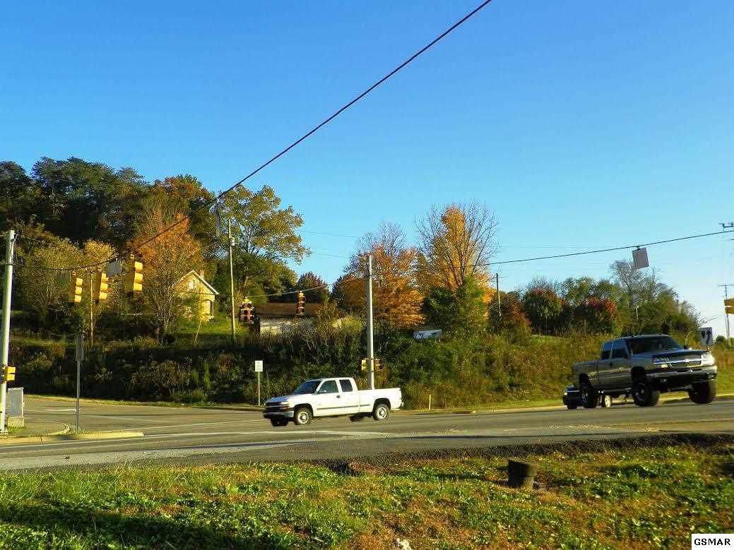 1111 Middle Ridge Road - Photo 1