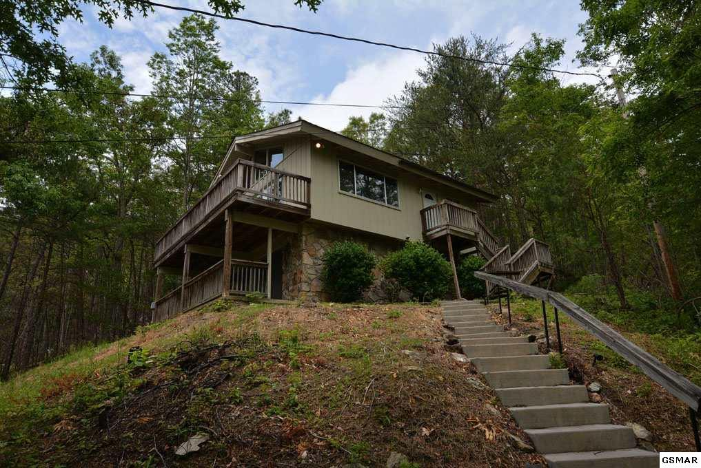 715 Upper Windsor Way, Gatlinburg, TN 37738 (#207122) :: Colonial Real Estate