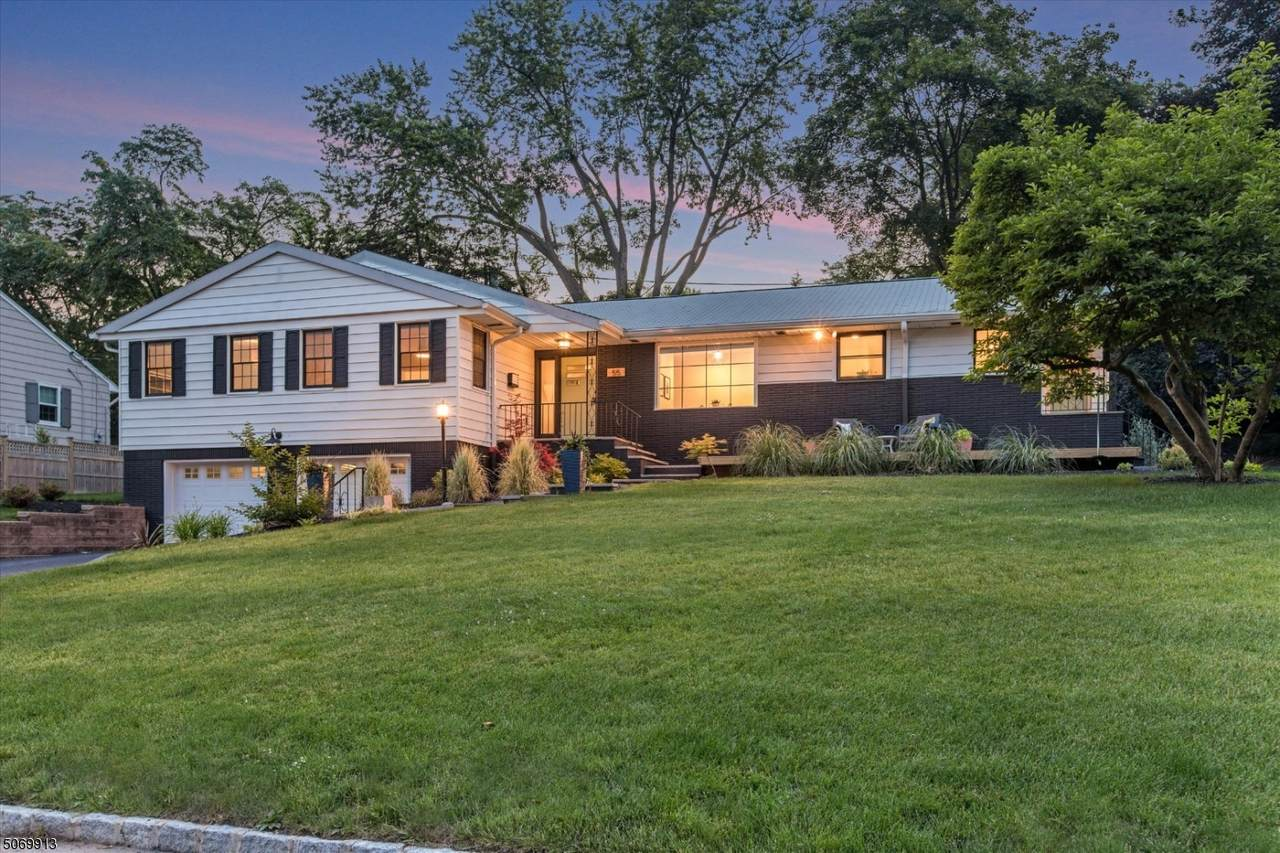 55 Woodmont Rd - Photo 1